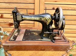 Sewing Machine(SINGER)