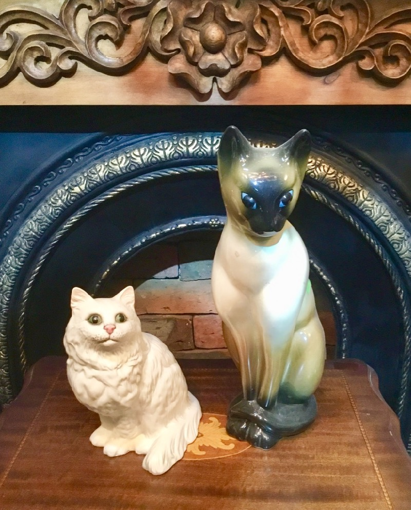 Beswick Cat /Cat doll large