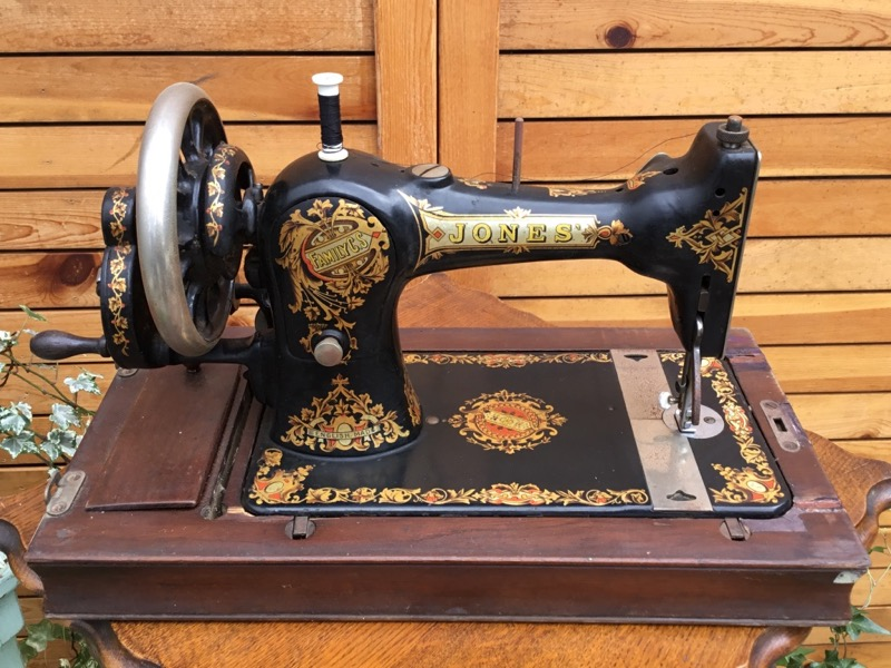 Sewing Machine(JONES')
