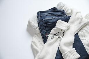 apparel-casual-clothes-934070.jpg