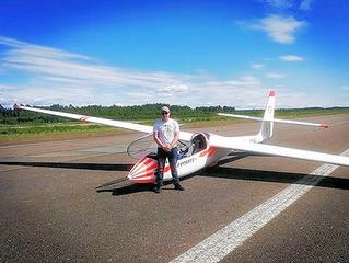Viime viikolla suoritettiin 2 uutta lentokoetta purjelentolupakirjaa varten Varkauden lentokerhossa!