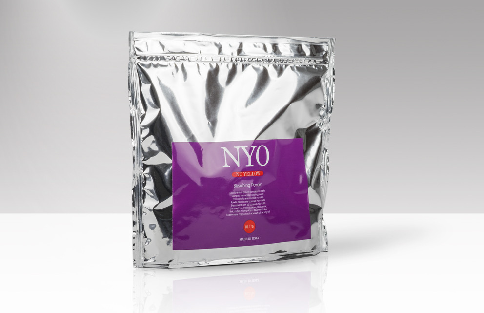 Compact non-volatile bleaching powder with lightening power up to 9 tones