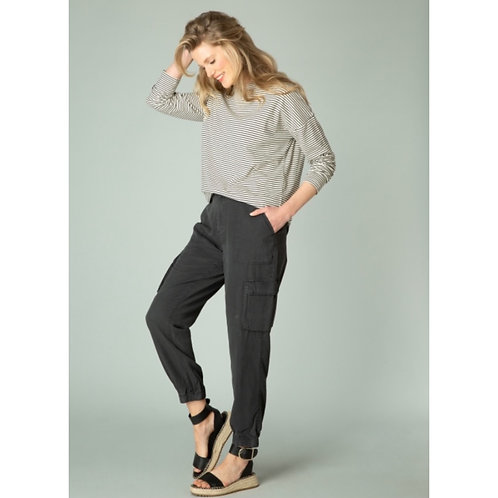 Gianne Pant by Yest