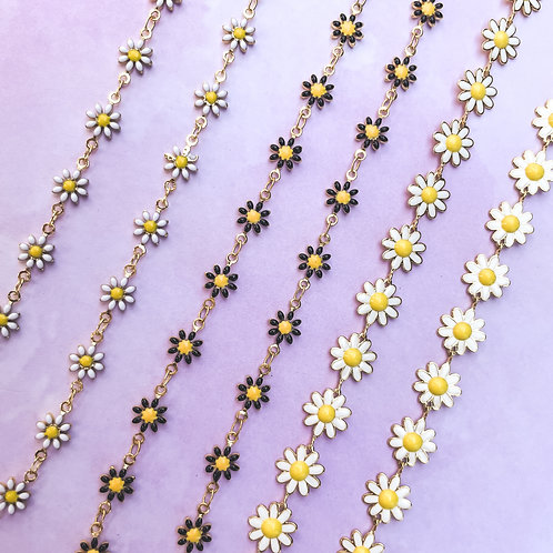Daisy Chokers & Necklaces