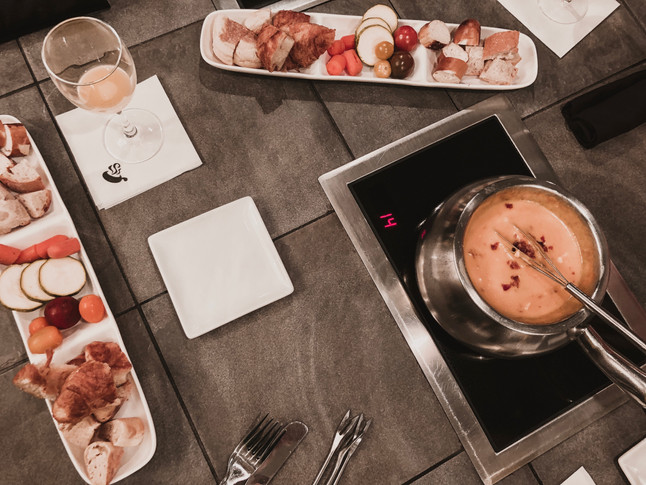 Dip, Sip and Brunch at The Melting Pot