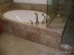 GUAYSON TILE BATHROOMS NOV 2009-2.JPG