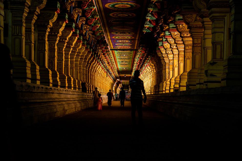A corridor of the Ramanathaswamy temple,