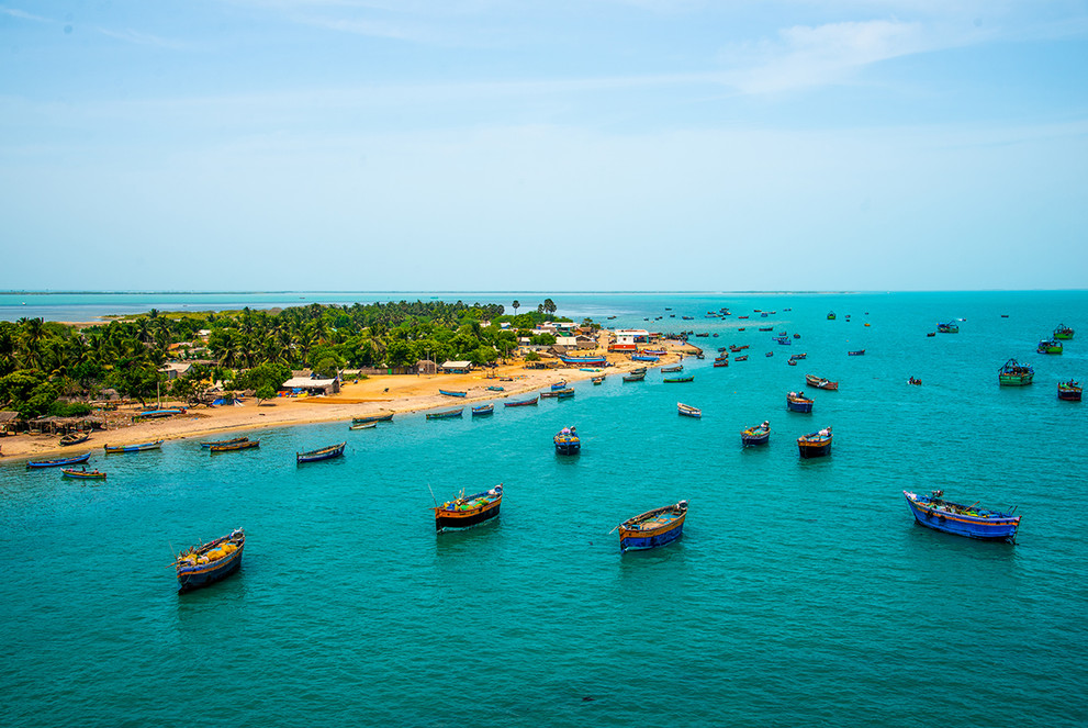 Boats off the coast of Pamban.jpg