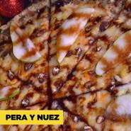 Pera y Nuez