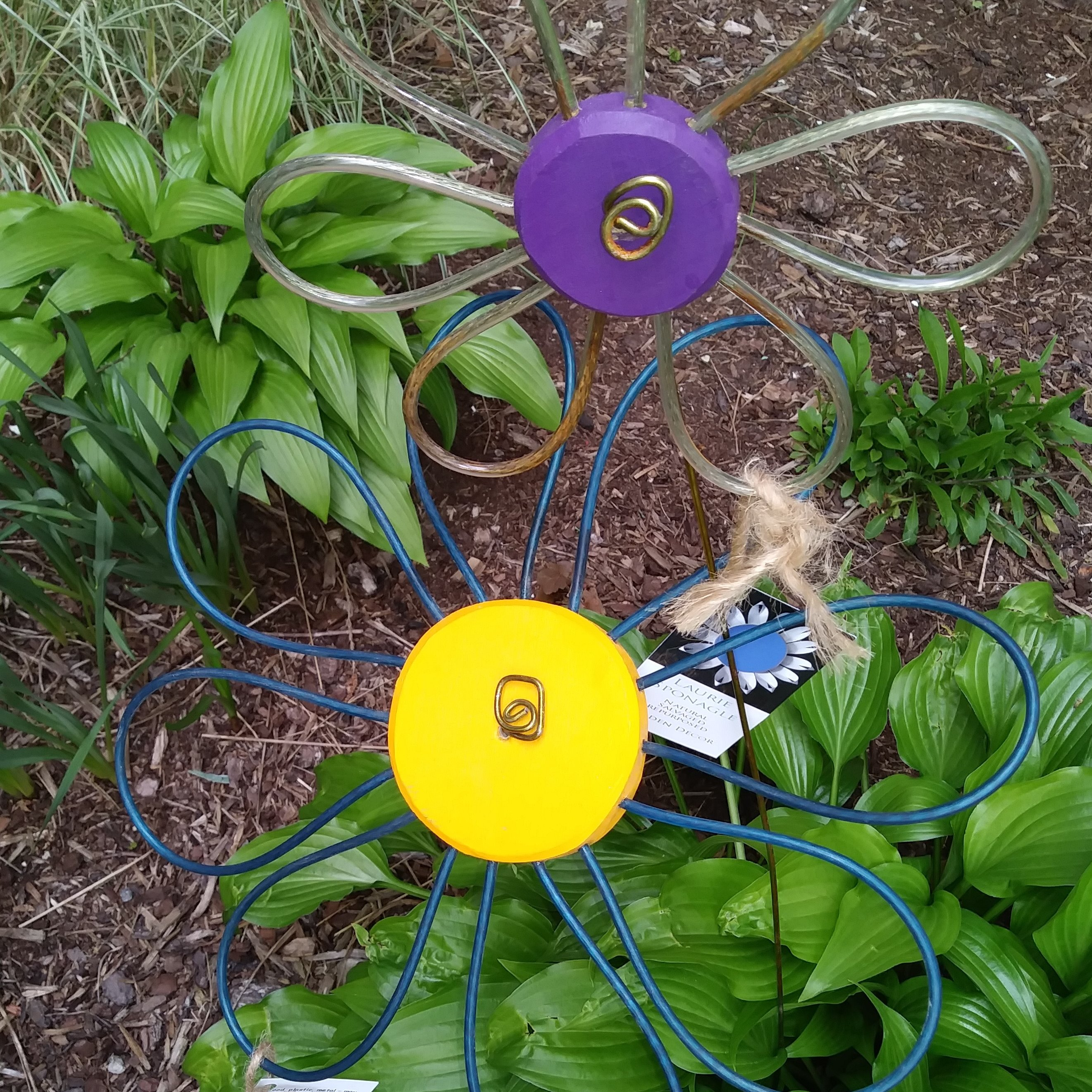 Clothesline Flower Stakes