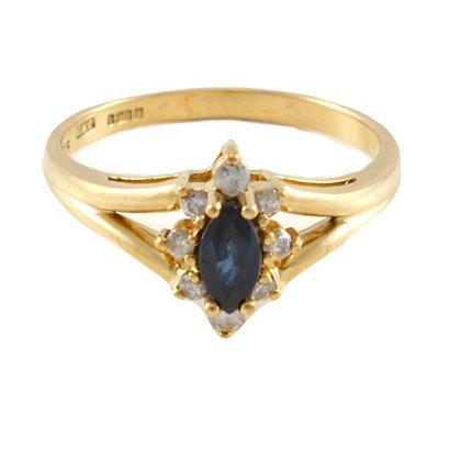 9ct Diamond & Sapphire