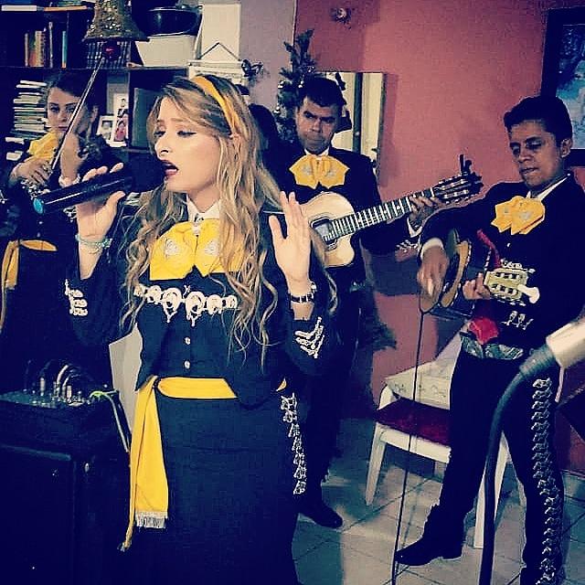 mariachis.en.medellin39