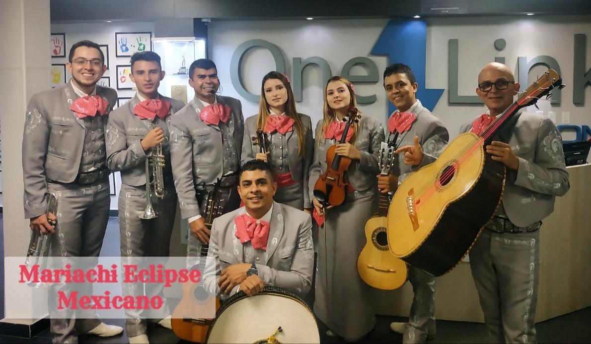 mariachis.en.medellin14