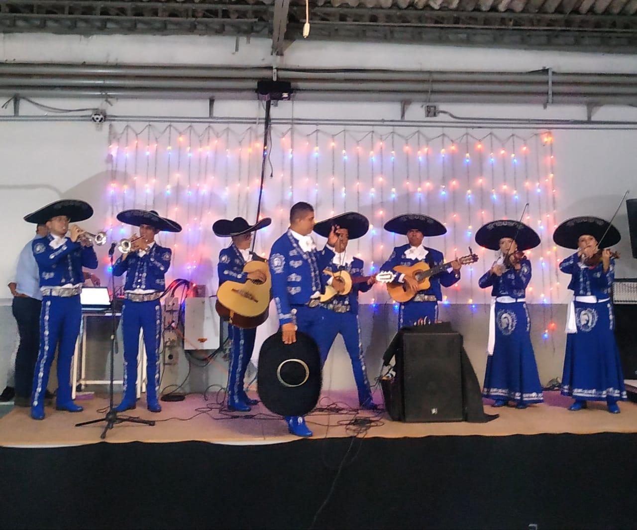 mariachis.en.medellin41
