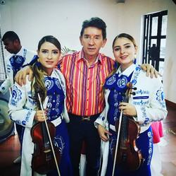 mariachis.en.medellin5