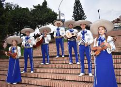 mariachis.en.medellin18