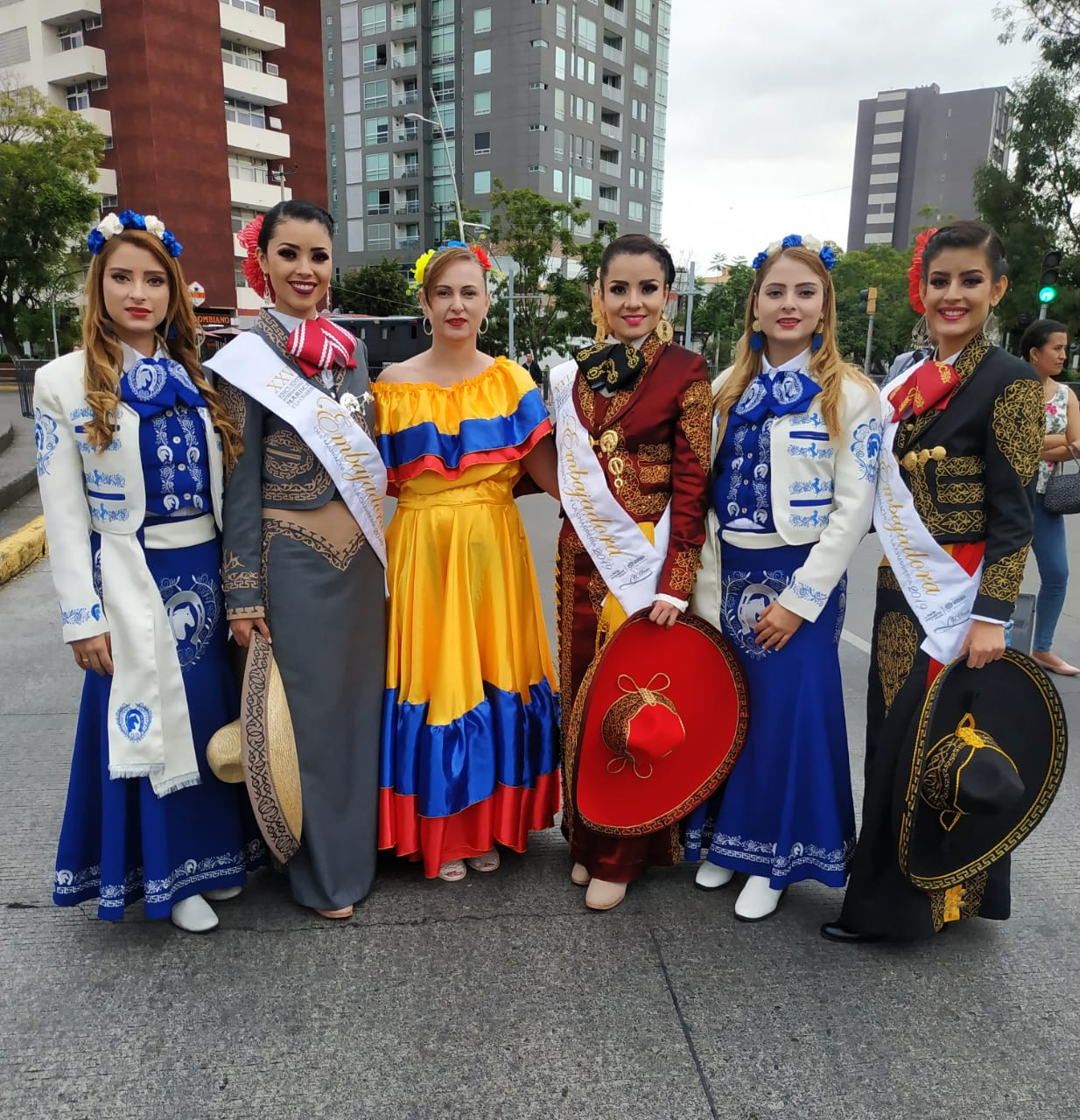 mariachis.en.medellin37