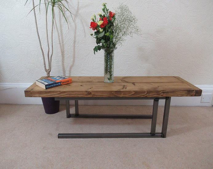 529 : Coffee table, low sofa table rustic industrial style