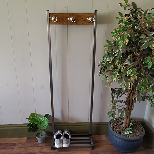 532 : Coat stand narrow hallway coat rack base shelf for shoe storage