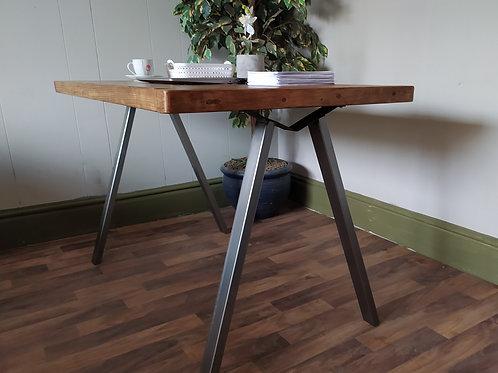 643  : Desk, home office, computer desk, rustic industrial with designer V shape