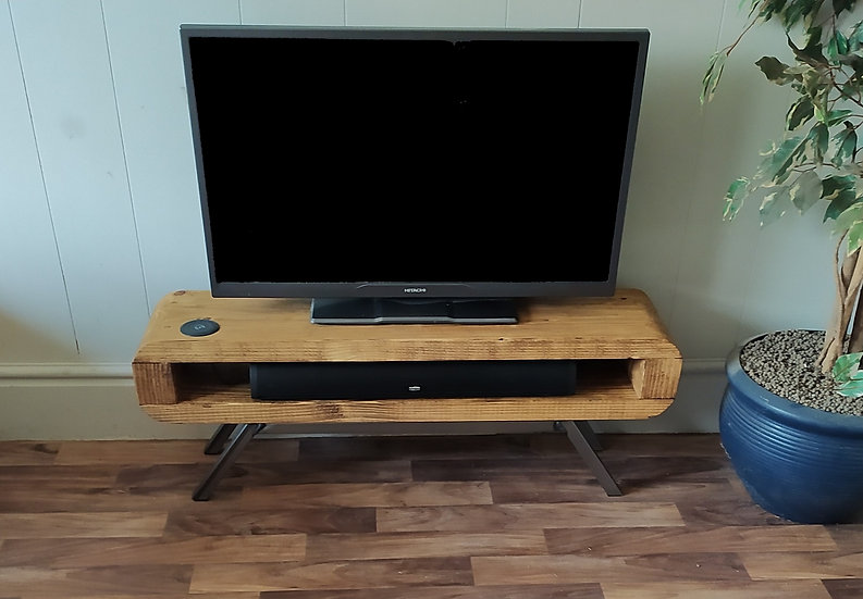 631 : Tv unit Narrow retro style rustic tv stand with wireless charger
