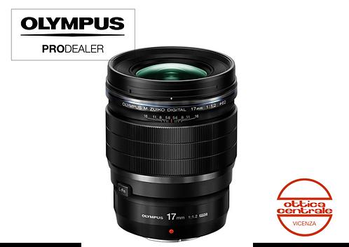 Obiettivo Olympus 17  mm f 1.2