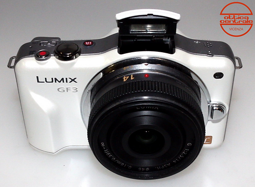 Fotocamera Panasonic LUMIX GF3 + Obiettivo Panasonic G 14 mm  f/2,5 ASPH