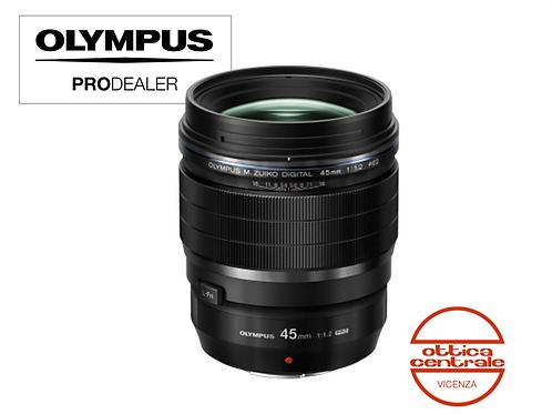 Obiettivo Olympus 45 mm f 1.2