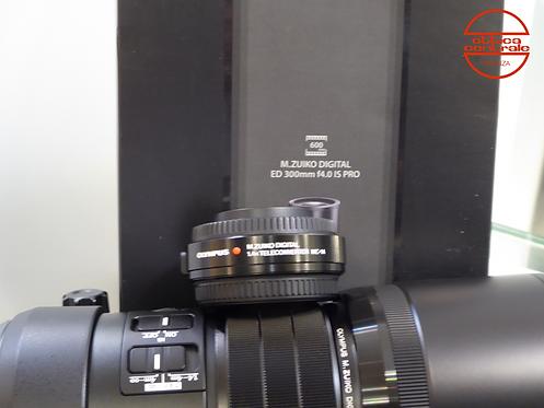 Obiettivo Olympus 300 mm f4,0 IS PRO con MC 14