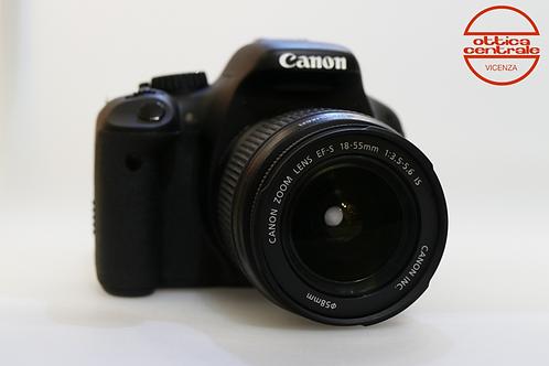 Fotocamera Canon EOS 500D + Obiettivo Canon EF-S 18-55 mm f/3.5-5.6