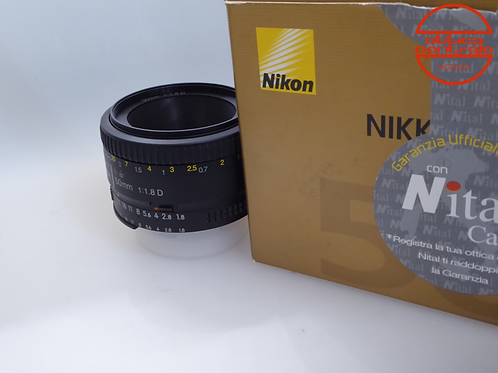 Obiettivo Nikon 50 1 8D AF, prodotto fotografico usato
