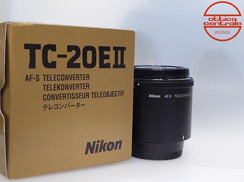 Teleconverter Nikon TC 20 EII, prodotto fotografico usato