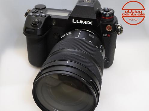 Fotocamera Panasonic S1R con 24-105