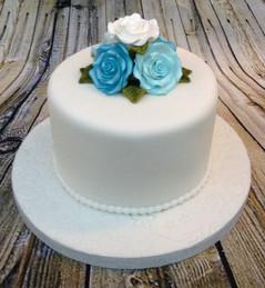 BLUE FLOWER SMALL WEDDING CAKE