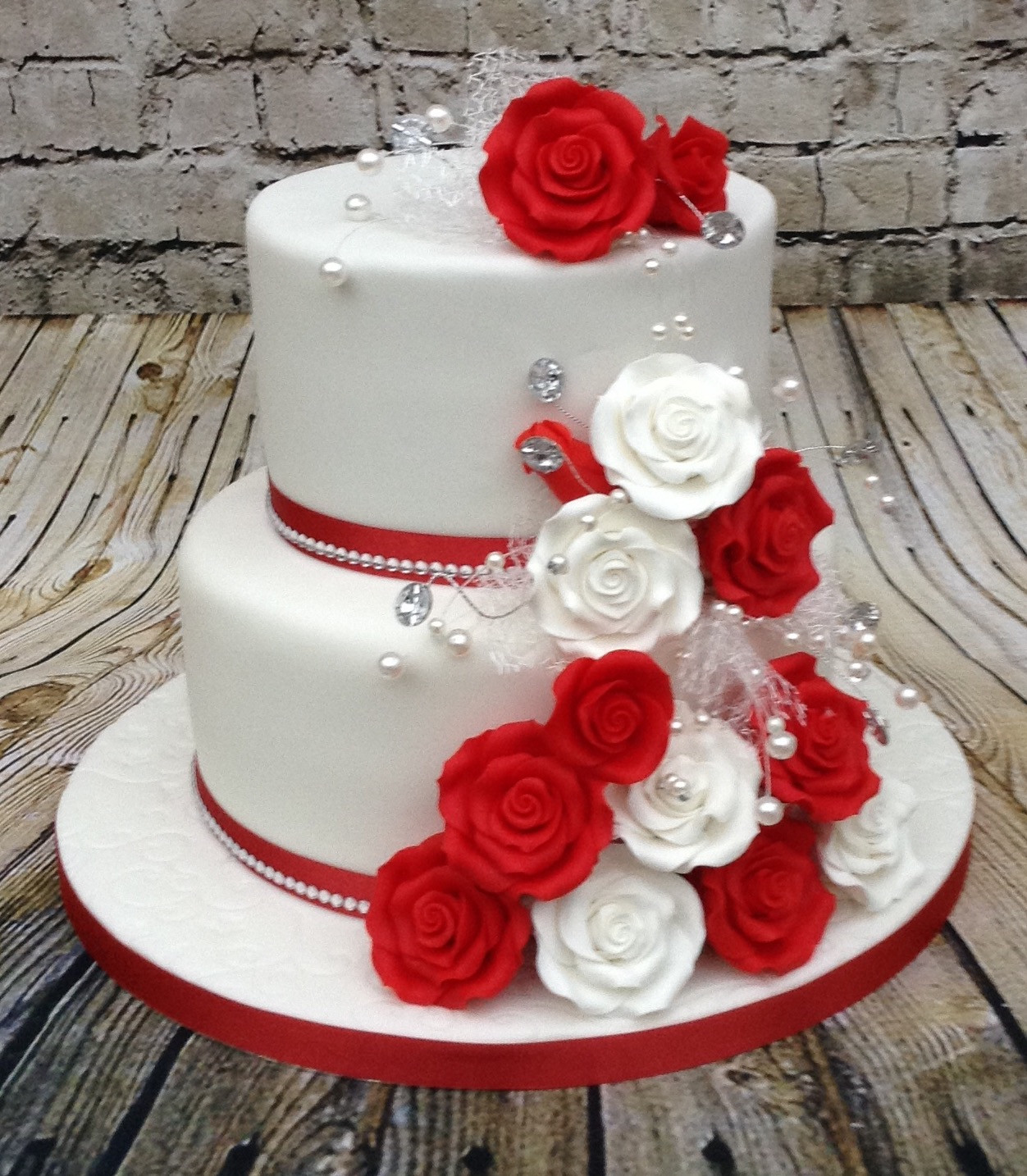 2 Tier Red White Wedding Cake