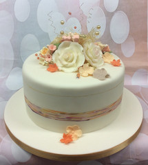 SINGLE TIER WEDDING CAKE PEACHES