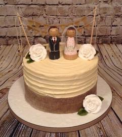 RUSTIC SINGLE TIER WEDDING CAKE