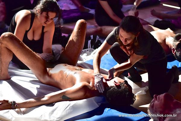 Massagem Método Deva Nishok
