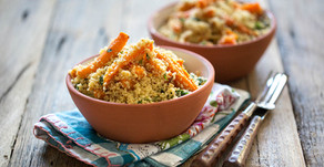 Couscous salade met geroosterde wortel, munt en dadels