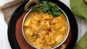 Gele mango curry met bruine rijst (vegan)