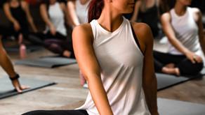 4 yoga poses die je menstruatie krampen/klachten verminderen