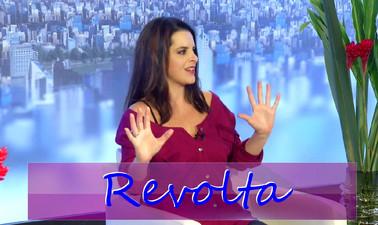 Revolta: cantora Paulah Gauss