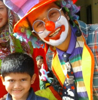 Clown, kids.