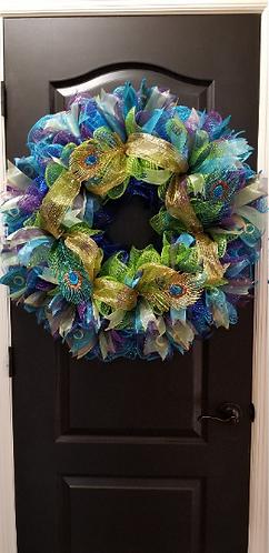 18 in. Wire Wreath Form Deco Mesh Peacock wreath
