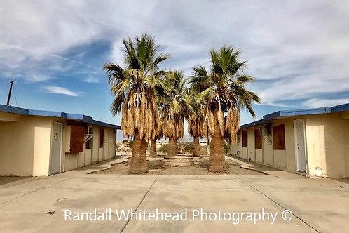 Abandoned Apartment building, Salton Sea