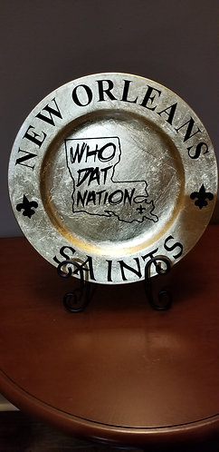 Metallic Gold New Orleans Saints Charger Plates with Stand