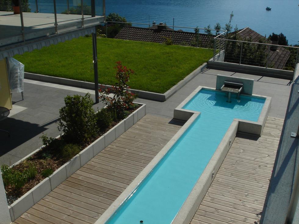 Wasserflächen und Pools