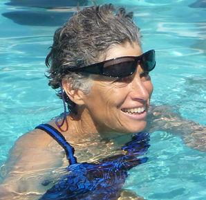 M Ellen Dash Headshot.jpg
