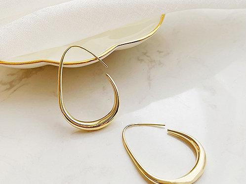 Small Oval Hoop Earrings