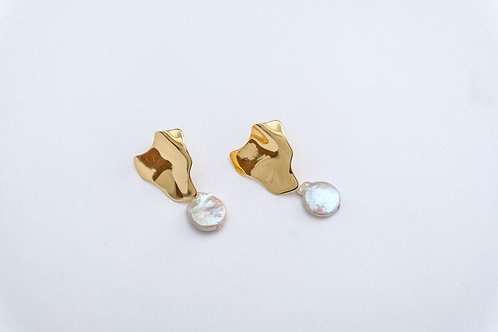 Baroque pearl stud one drop earrings